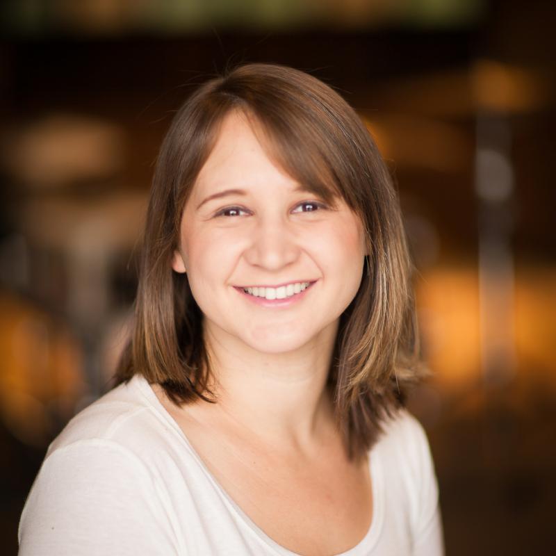 Portrait of Jen Maurice
